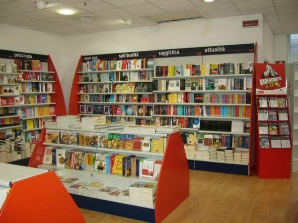 negozio libreria giunti olbia