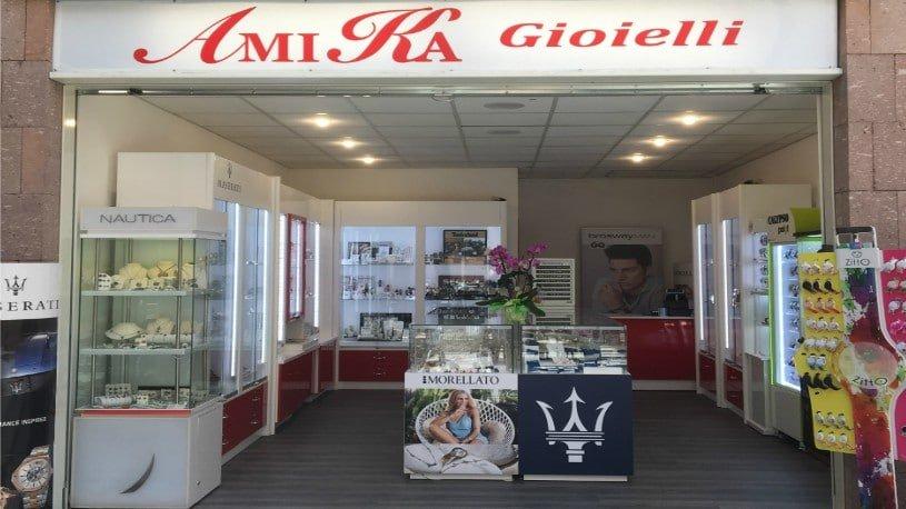 amika negozio